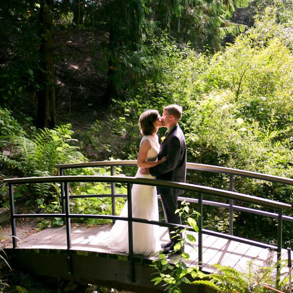 Kat + Eric: UC Berkeley Botanical Gardens Wedding Photographer