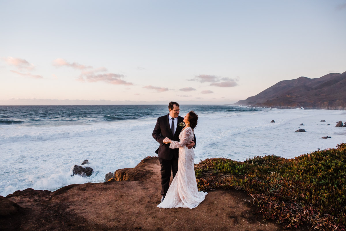 ocean-sunset-big-sur-elopement-photographer