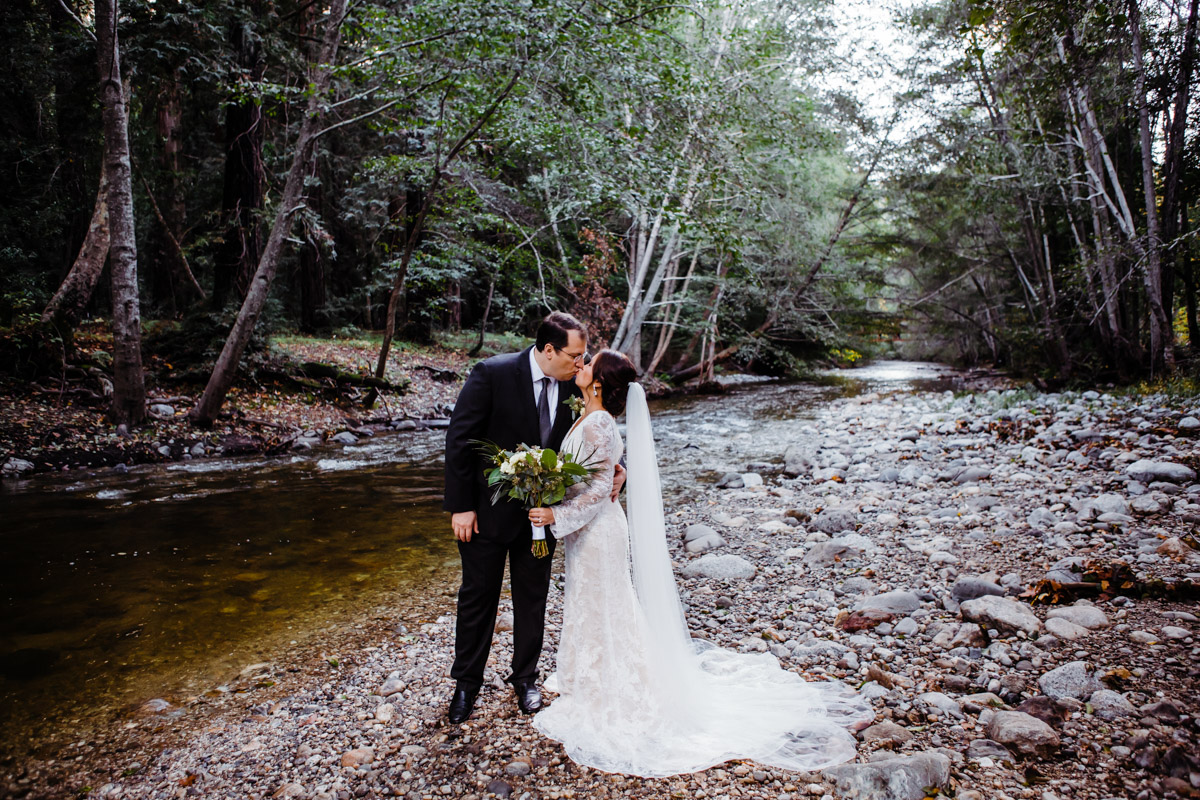 river-forest-big-sur-elopement-photographer